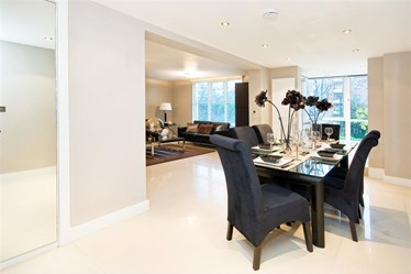 Similar Property: Flat in St. Johns Wood