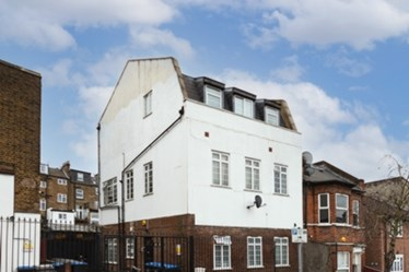 Similar Property: Apartment in Kilburn
