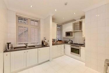 Similar Property: Flat in Primrose Hill