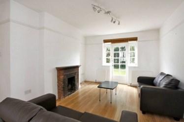 Similar Property: House in Hampstead Garden Suburb