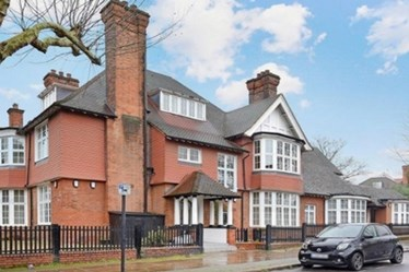 Similar Property: House in Primrose Hill