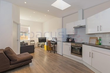Similar Property: Flat in Kilburn Park