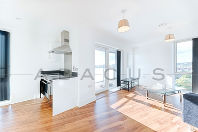 Similar Property: Flat in St John's Wood