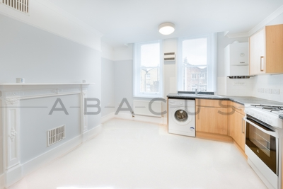 Similar Property: Flat in Fitzrovia
