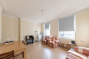 Similar Property: Room To Let in West Hampstead