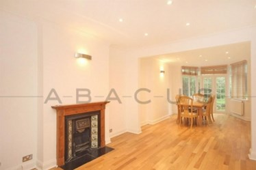 Similar Property: Flat in Hendon