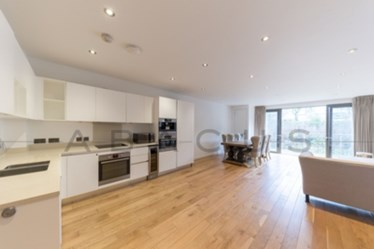 Similar Property: Flat in Hampstead