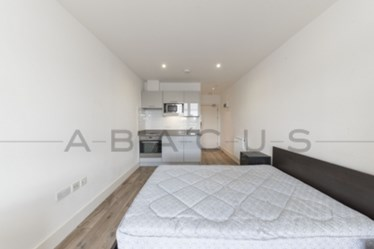 Similar Property: Studio in Kilburn
