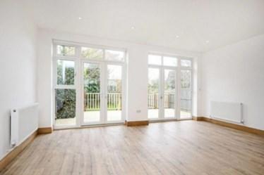 Similar Property: Flat in Hampstead Garden Suburbs