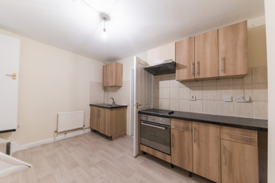 Similar Property: Cottage in Willesden Green