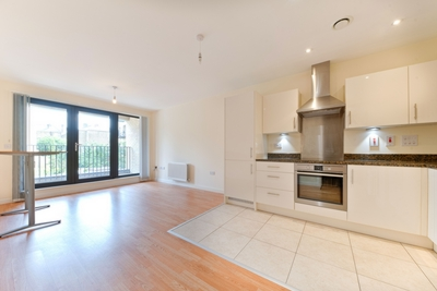 Similar Property: Apartment in Kensal Rise