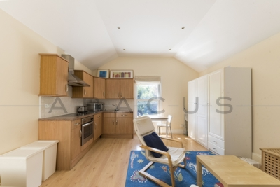 Similar Property: Flat in Willesden