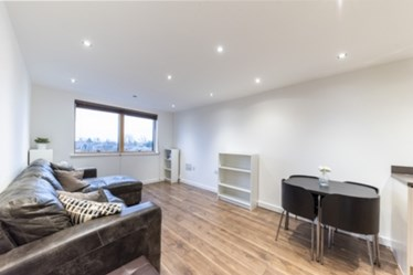 Similar Property: Flat in Harlesden