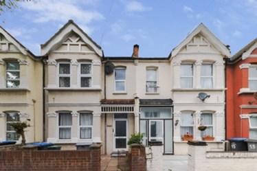 Similar Property: House in Harlesden