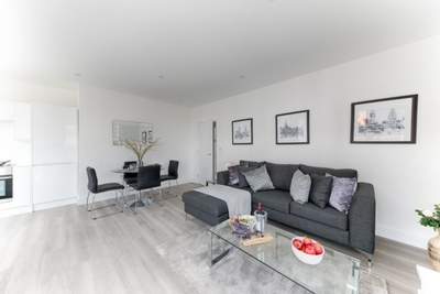 Similar Property: Flat in Watford