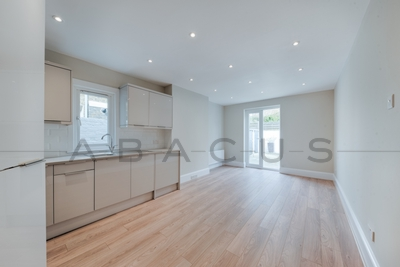 Similar Property: Flat in Kensal Green