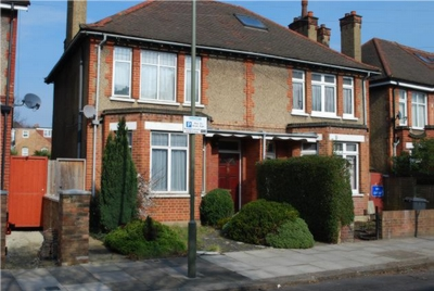 Similar Property: Flat in Hendon