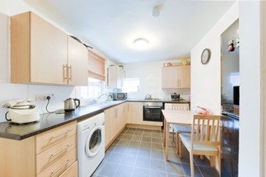 Similar Property: House in Harlesden