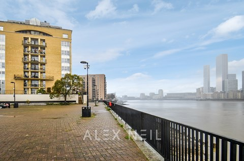 King Frederick Ninth Tower Rotherhithe SE16