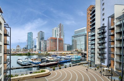 Boardwalk Place Canary Wharf E14