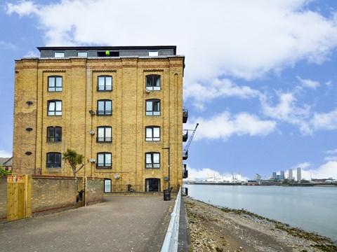 Property photo: Storers Quay, Canary Wharf, E14