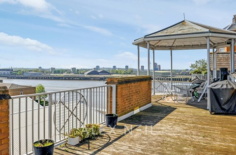 Homer Drive Canary Wharf E14