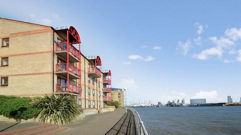 Caledonian Wharf, London E14, UK - Source: Alex Neil