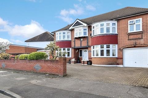 Property photo: Wellington Road, Bexley, DA5