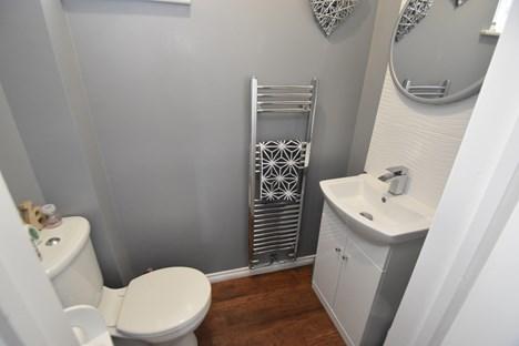 Cloak Room/WC
