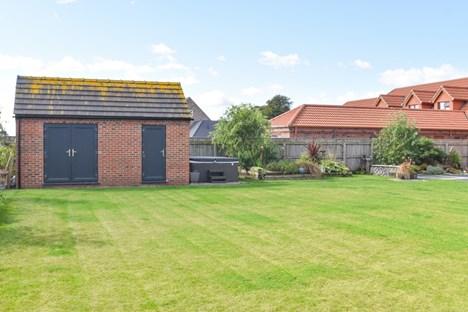 rear garden/workshop