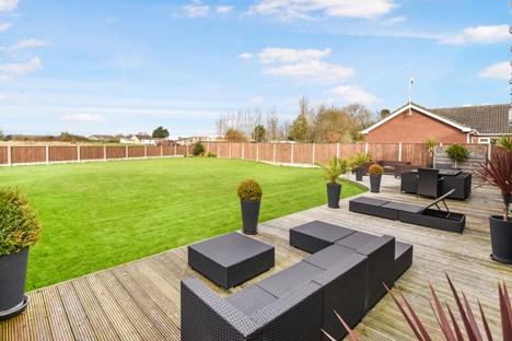 rear decking/garden