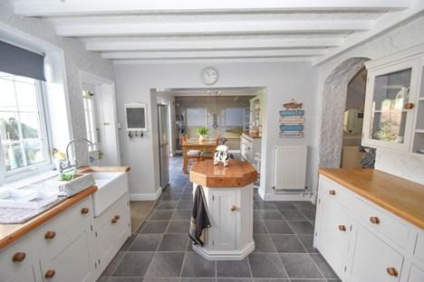 kitchen through to dg