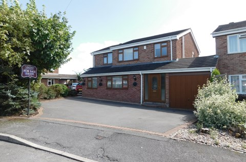 Highfield Close Linton Swadlincote DE12