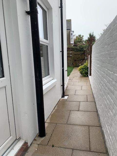 Kitchen Door to Gardn