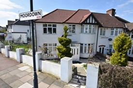 Moordown Shooters Hill SE18