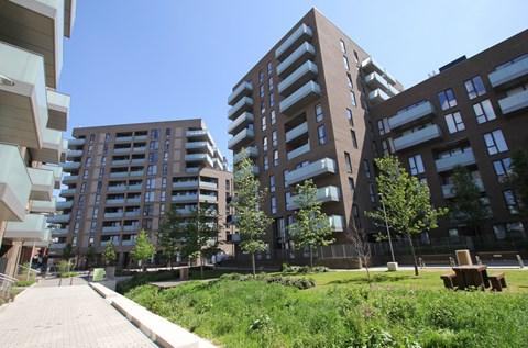 Aberfeldy Village London E14