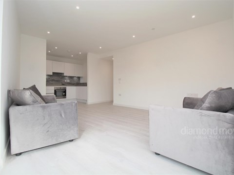 Property photo: Hounslow, TW3