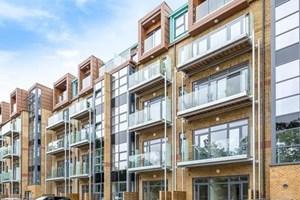 Similar Property: Apartment in Uxbridge