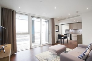 Similar Property: Apartment in Vauxhall