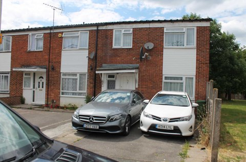 Canberra Drive Yeading Hayes, Middlesex UB4