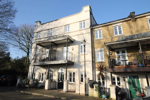 Brockwell Park Row, Tulse Hill, London SW2 2YH
