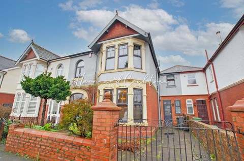 Bishops Road, Whitchurch, Cardiff CF14 1LY