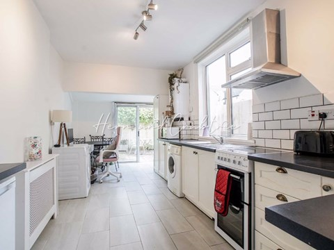 Property photo: Bassett Street, Cardiff CF5 1PP