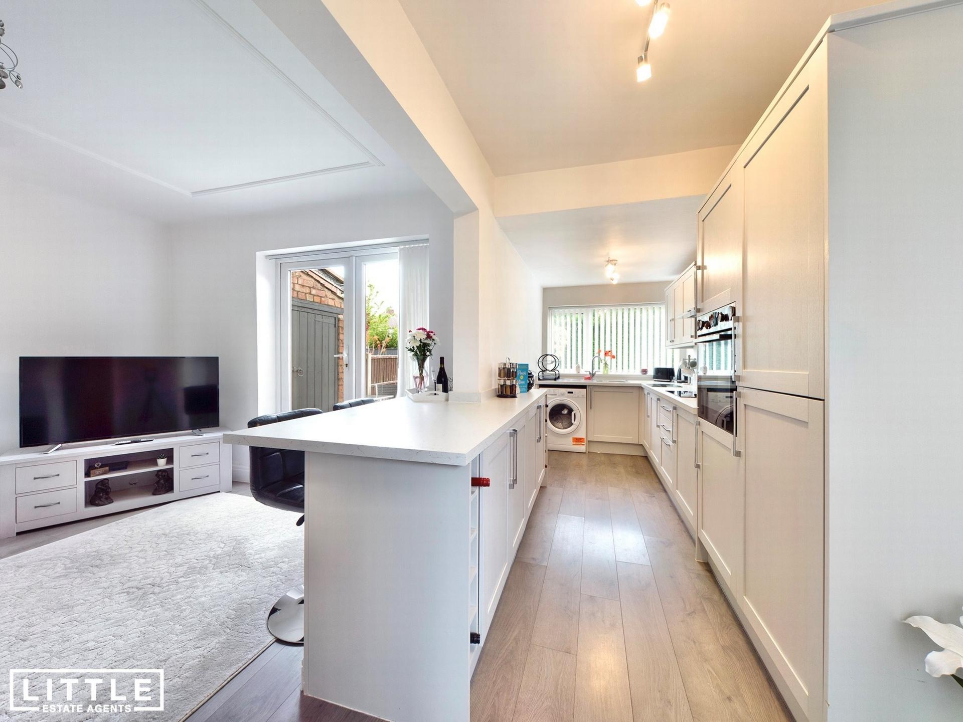 Kitchen/living room