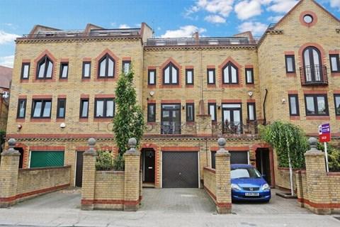 Brackenbury Road London W6