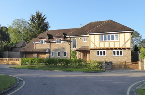 Kingfisher Close Hutton Mount Brentwood CM13