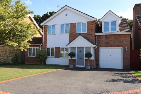 Clifton Way Hutton Brentwood CM13