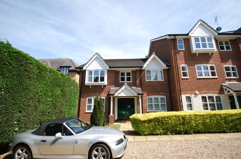 Foxlands Close Leavesden WD25