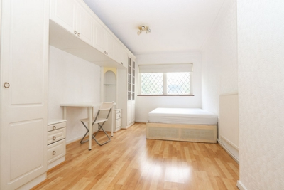 Similar Property: Double room - Single use in South Quey