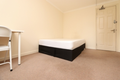 Similar Property: Double room - Single use in South Quay